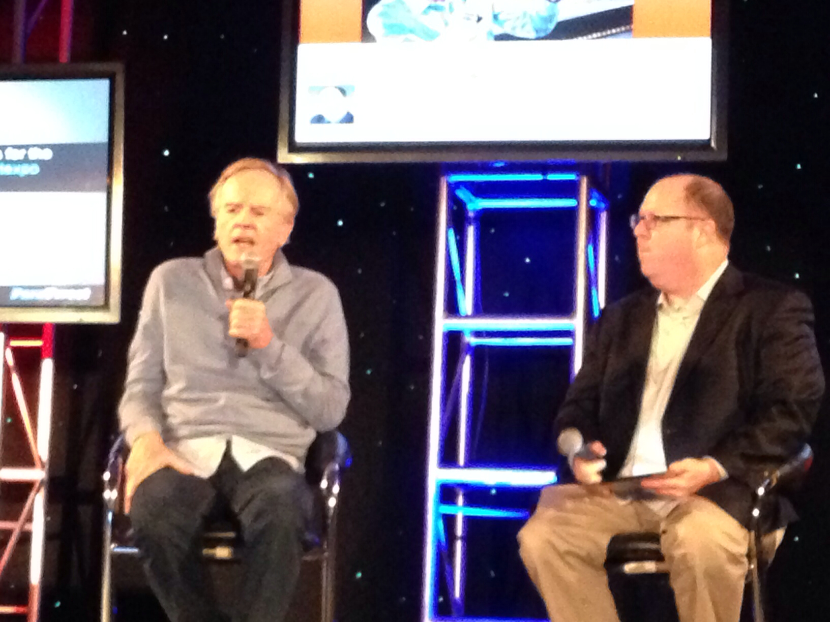john sculley takes stage at itexpo  startup camp7