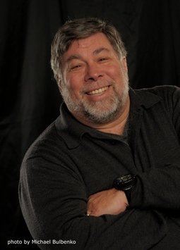 Steve Wozniak - Head-Shot.jpg
